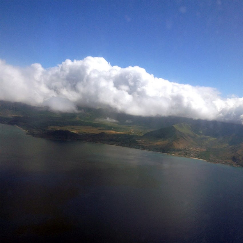 Oahu on approach by air.