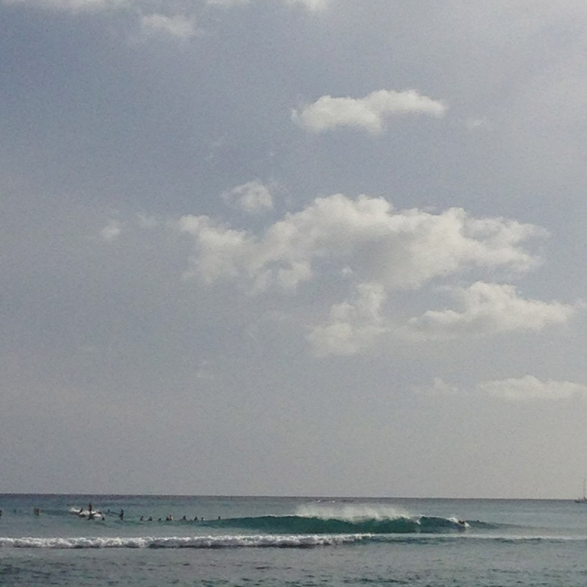 Later in the evening, looks like some of the anticipated swell's arriving.